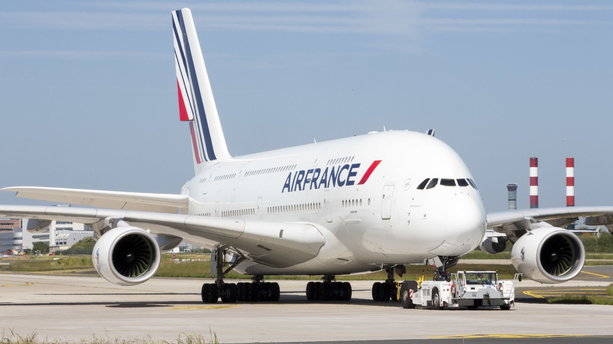 San Diego to get a nonstop roundtrip to Paris — for one day