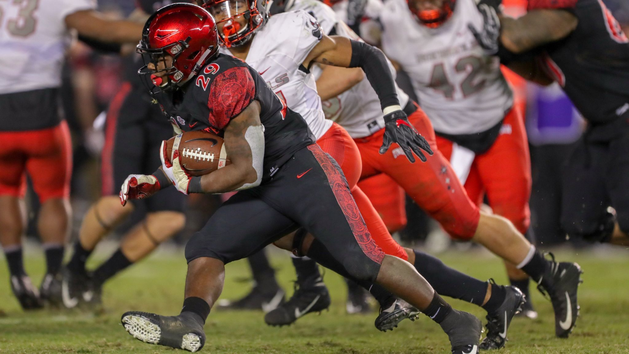 Explosiveness has been absent from Aztecs' running game this season