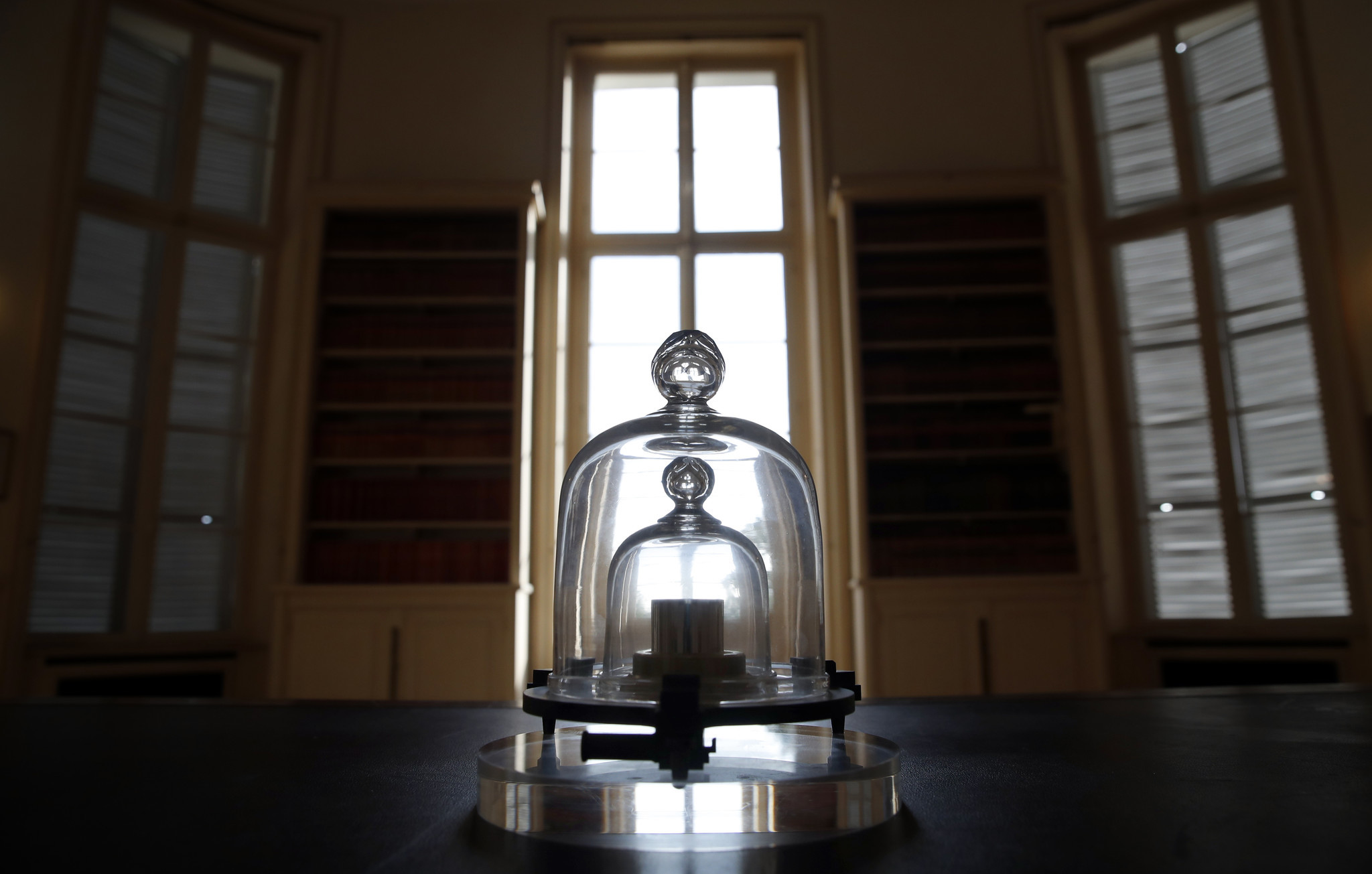 Landmark change to what a kilogram is defined as approved