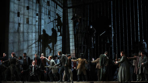 """The cast performs during a dress rehearsal of a Lyric Opera of Chicago production of Giuseppe Verdi's """"Il trovatore"""" at the Civic Opera House in Chicago on Wednesday, Nov. 14, 2018."""