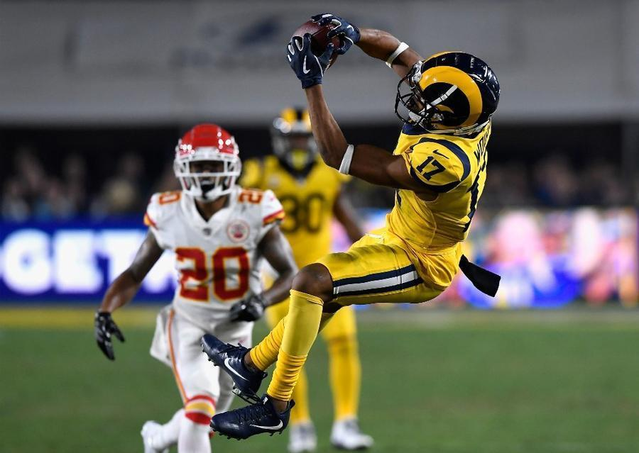 Rams-Chiefs tied 23-23 after thrilling first half