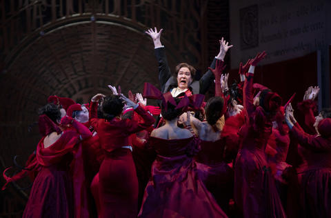 """Alice Coote as Prince Charming performs in a dress rehearsal Wednesday, Nov. 28, 2018 of Massenet's """"Cendrillon"""" at the Lyric Opera. (Brian Cassella/Chicago Tribune)"""