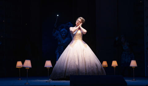 """Siobhan Stagg as Lucette (Cendrillon) performs in a dress rehearsal Wednesday, Nov. 28, 2018 of Massenet's """"Cendrillon"""" at the Lyric Opera. (Brian Cassella/Chicago Tribune)"""