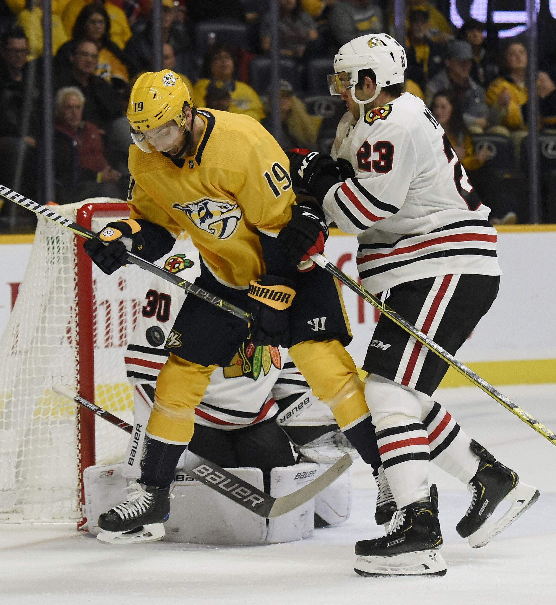 3 takeaways from the Blackhawks' 5-2 loss to the Predators, including Alex DeBrincat sticking up for a teammate