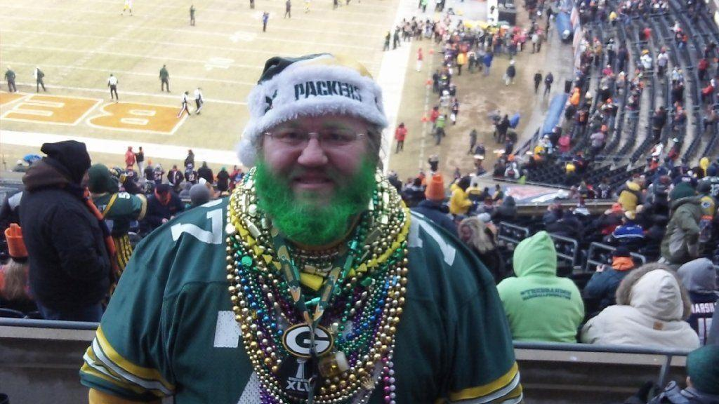 Packers fan asks judge to order Bears to let him wear Green Bay gear on Soldier  Field sidelines - Chicago Tribune 66a559897