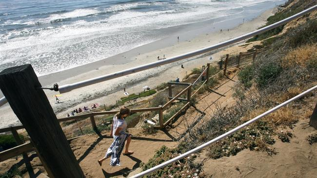 Encinitas commissioners deny Beacon's Beach staircase permit request