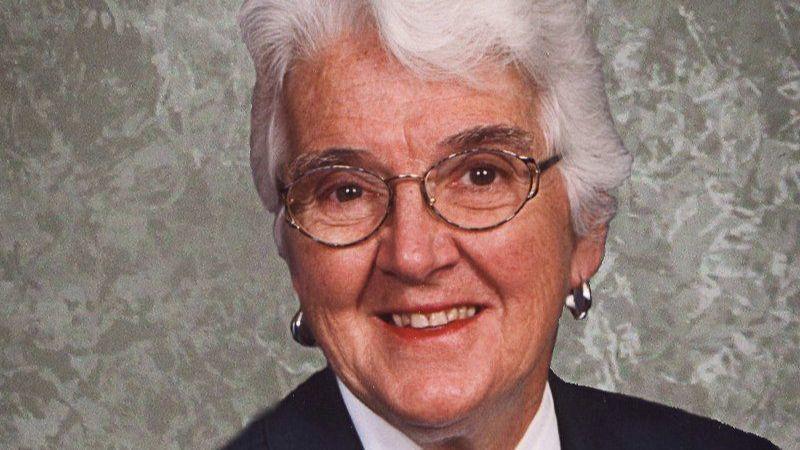 Mary Joyce Giles Johnson, longtime counselor, teacher in west suburbs, dies at 90