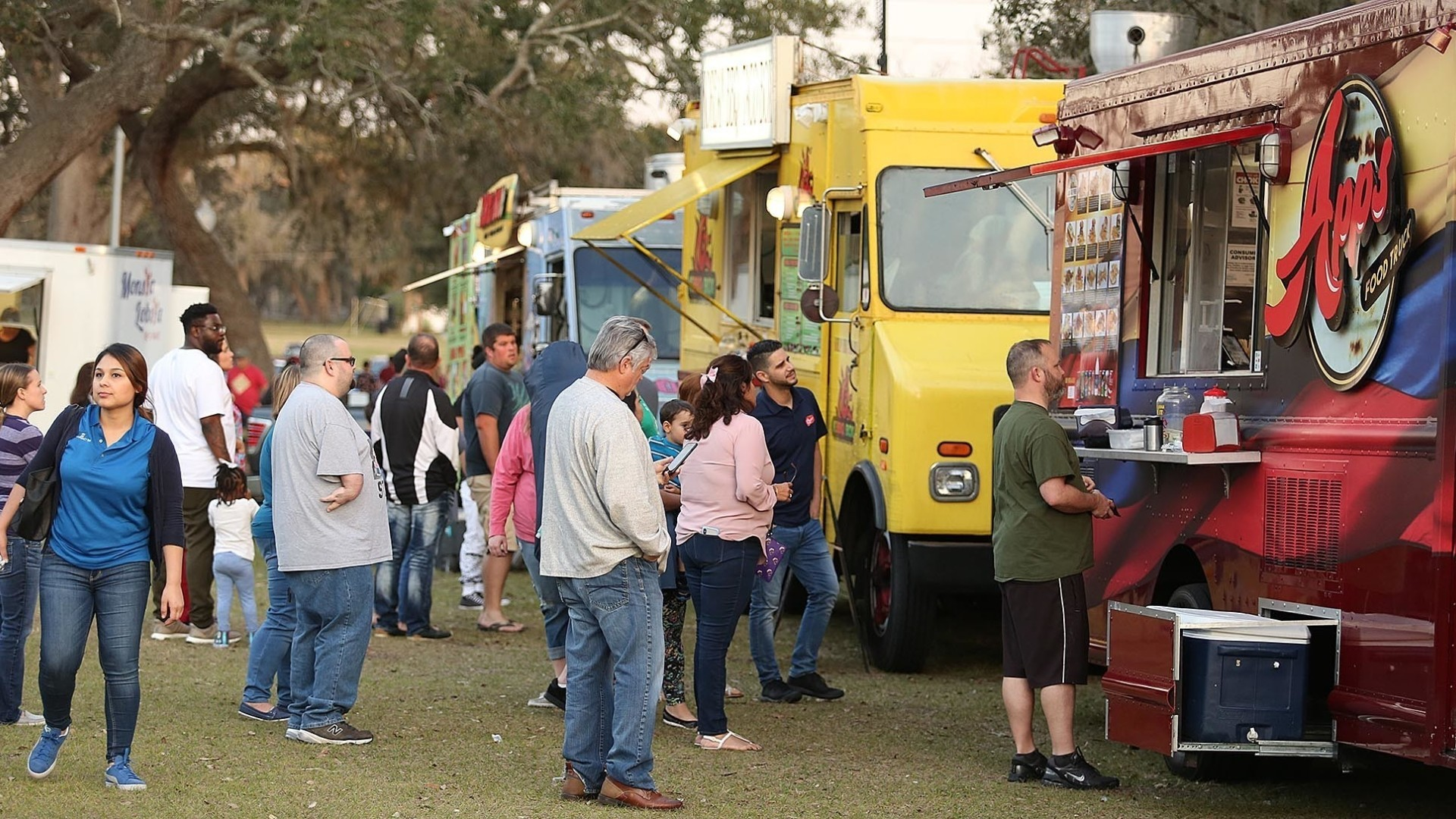 Regions Food Truck Events Face Competition For Trucks Customers