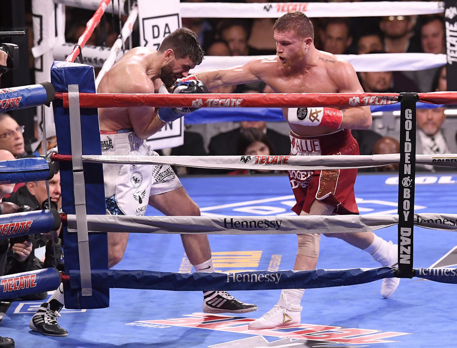 Canelo Alvarez earns dominating knockout victory over Rocky Fielding