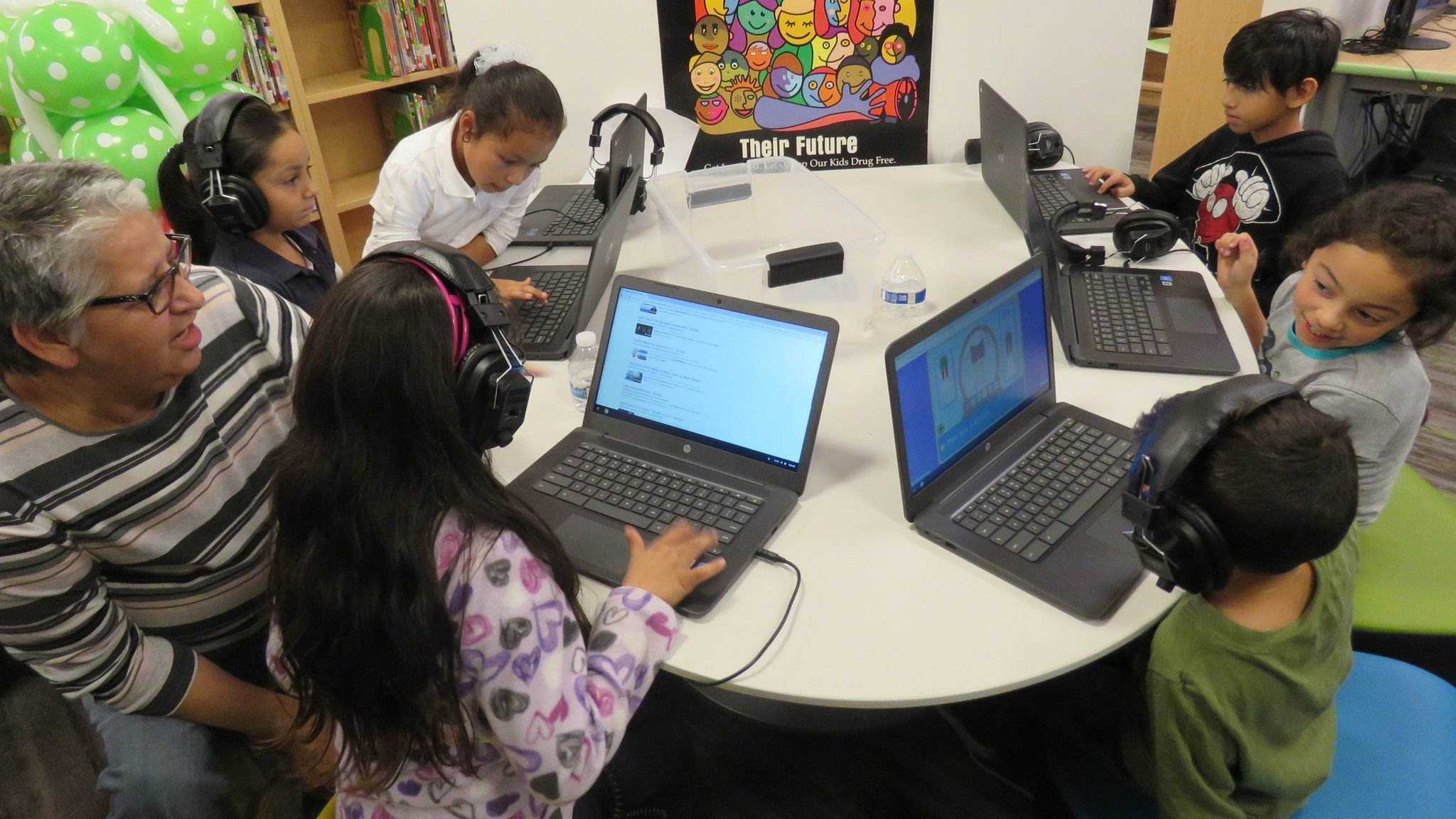 San Ysidro school hopes to improve student learning with new laptops