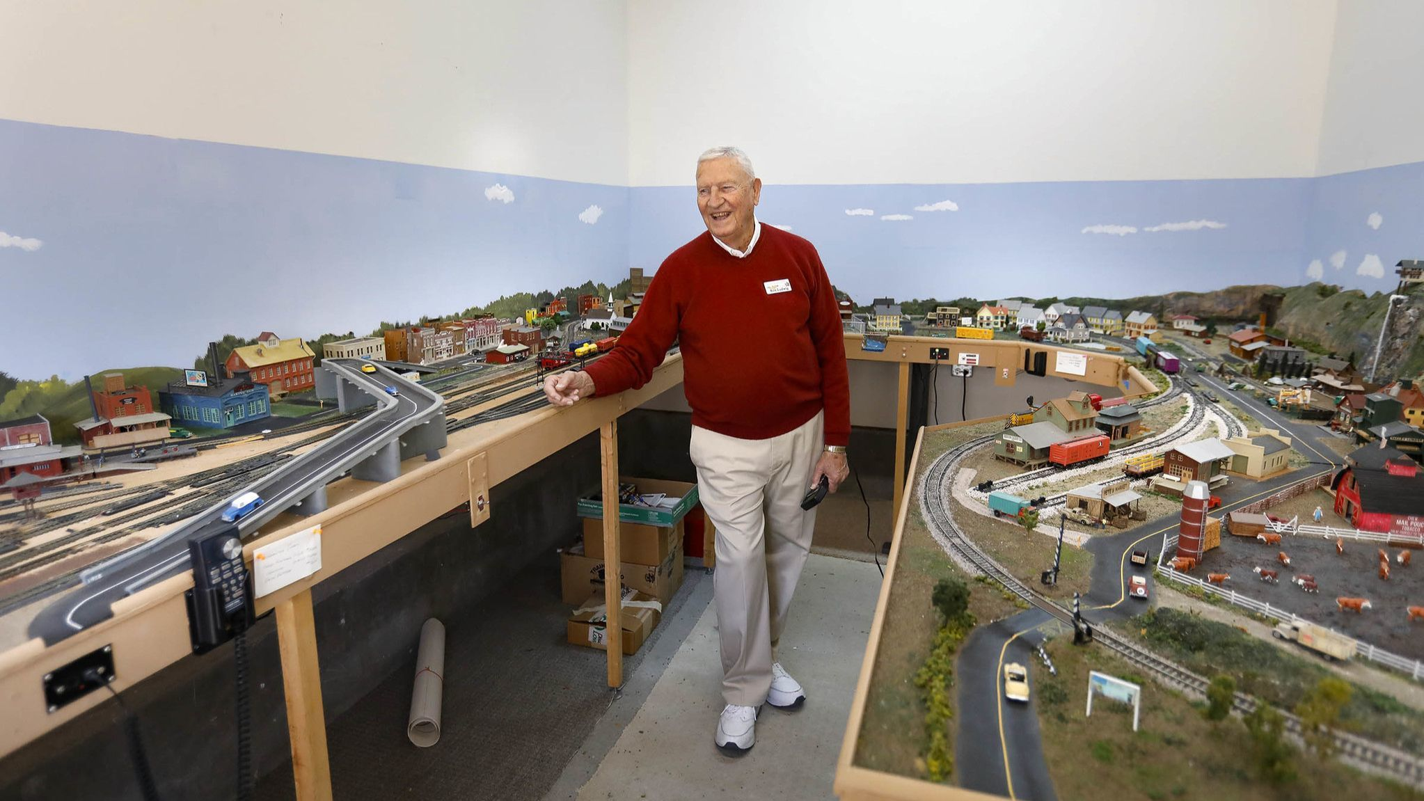 Carlsbad's 'train man' adds new holiday layout to mini railroad empire