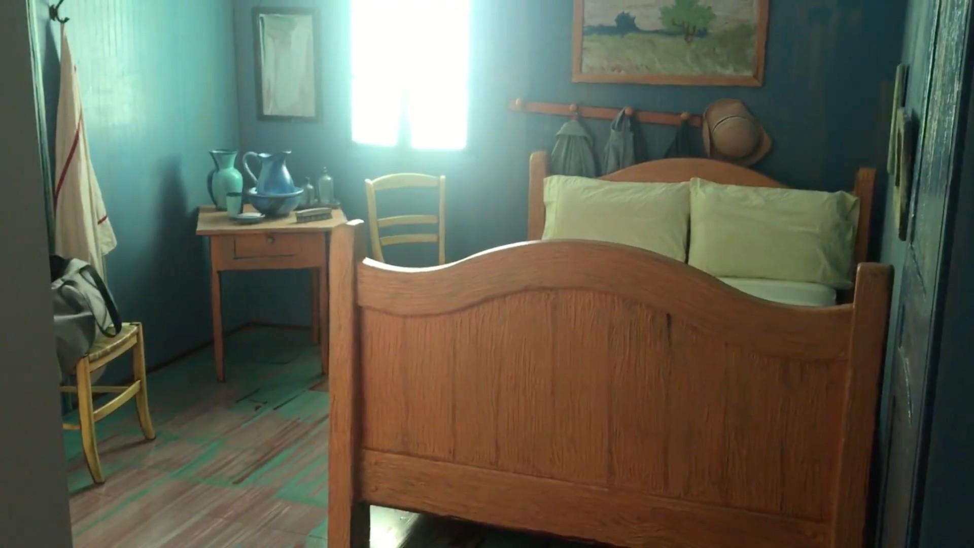 Take A Look Inside Chicago S Van Gogh Airbnb Rental Chicago Tribune