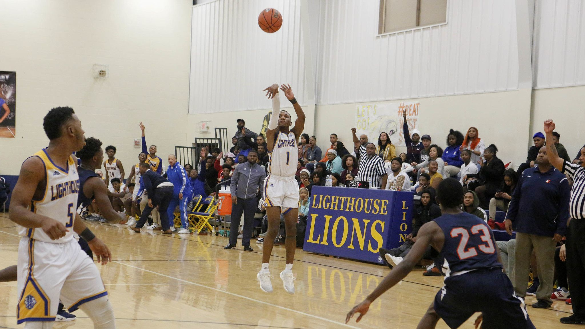 Mays' day: Senior guard Timothy Mays scores 21 points as Lighthouse 'hustles' past West Side