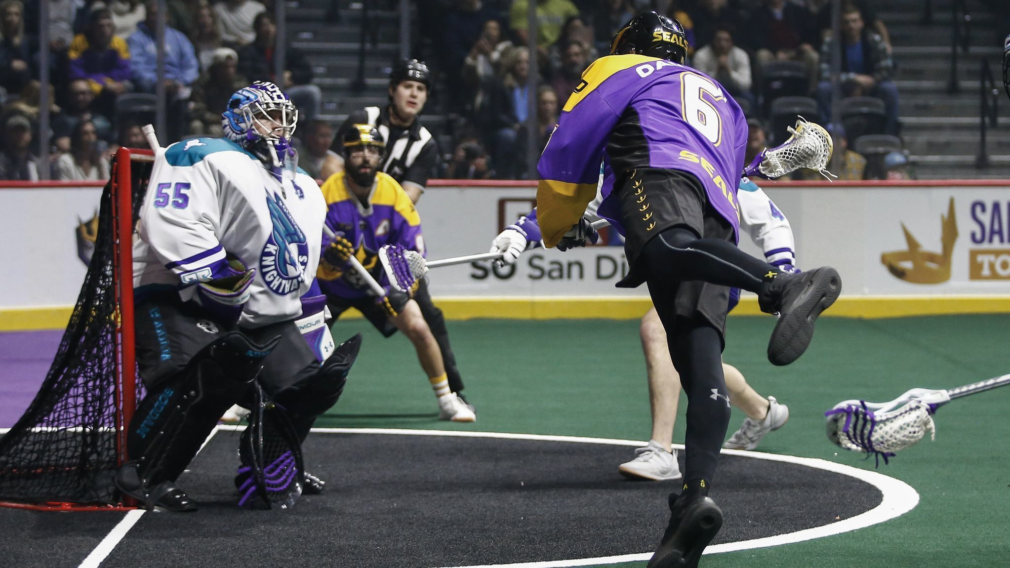 Big crowd watches LAX Seals score dramatic win in their inaugural home game