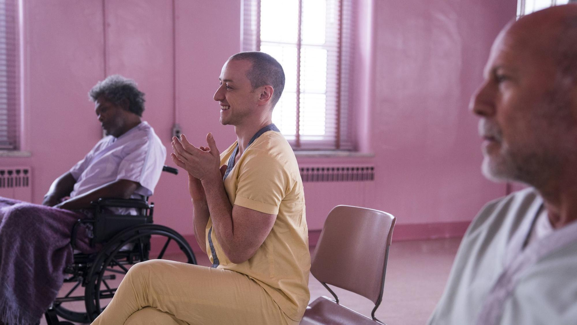 Review: M. Night Shyamalan's eccentric thriller 'Glass' doesn't break new ground