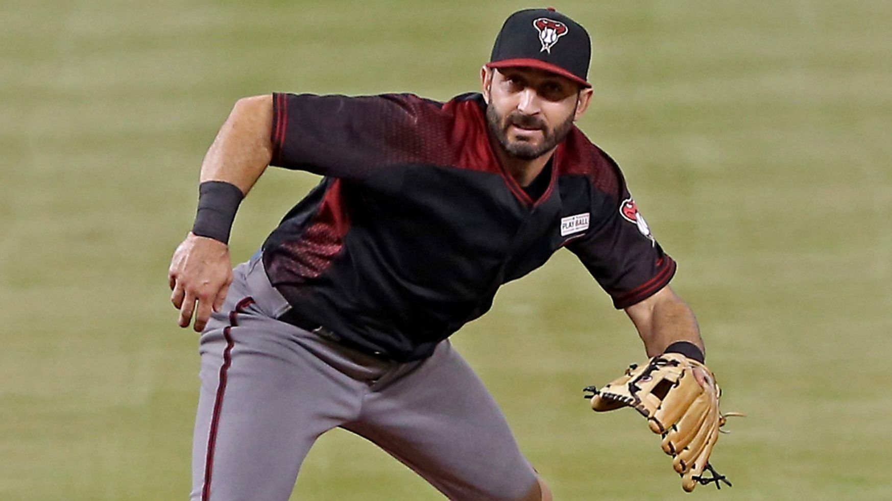 'The Cubs got the perfect guy': Daniel Descalso brings leadership skills and versatility to Wrigley Field