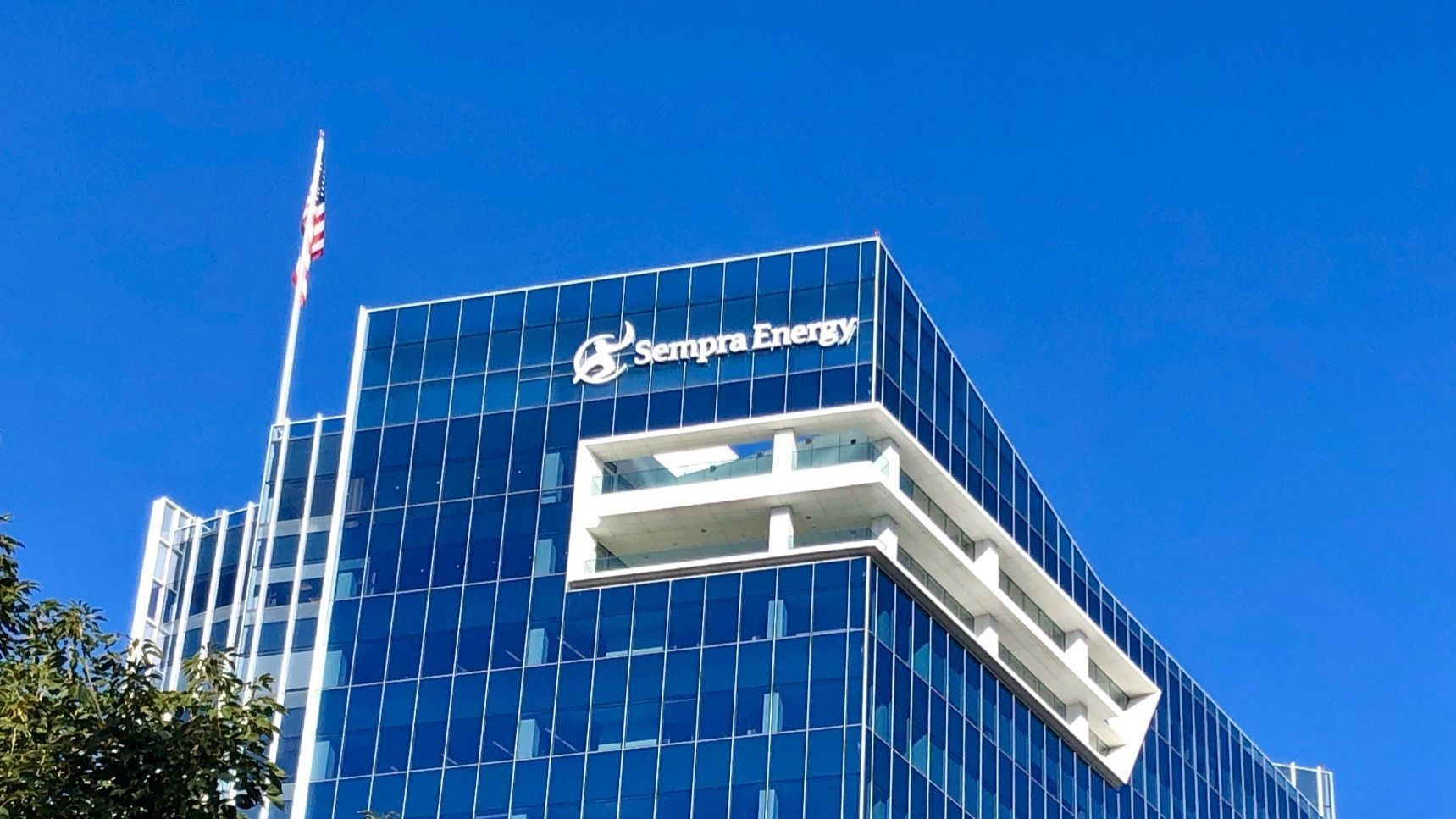 Sempra bumps PG&E, moves into the Dow Jones Utility Average   San Diego Union Tribune