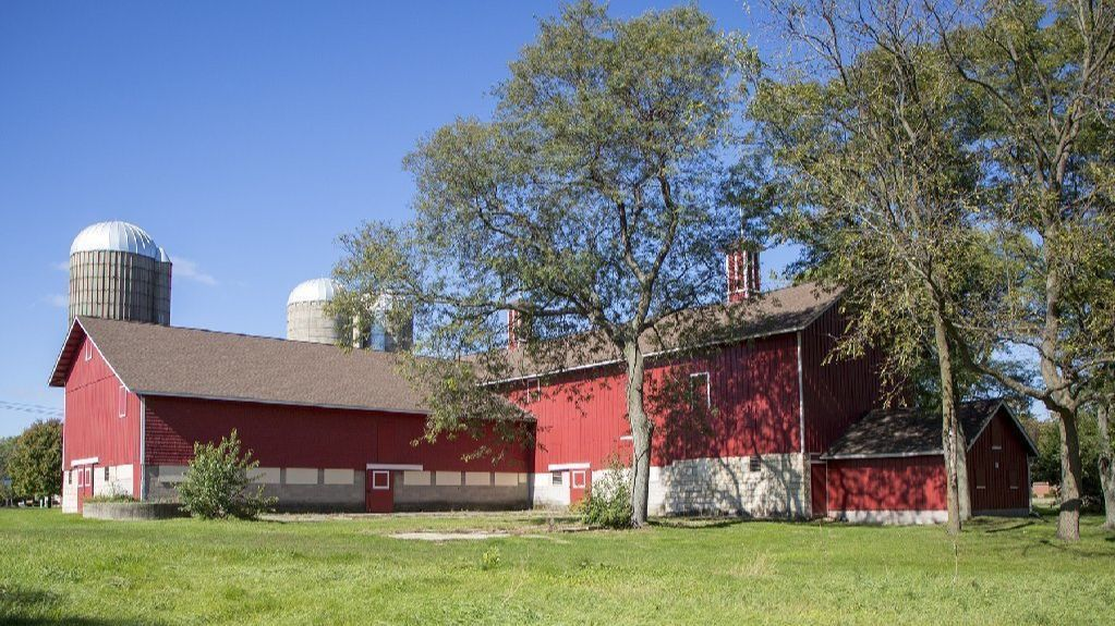 Committee to brainstorm uses for forest preserve's Greene Farm Barn in rural Naperville