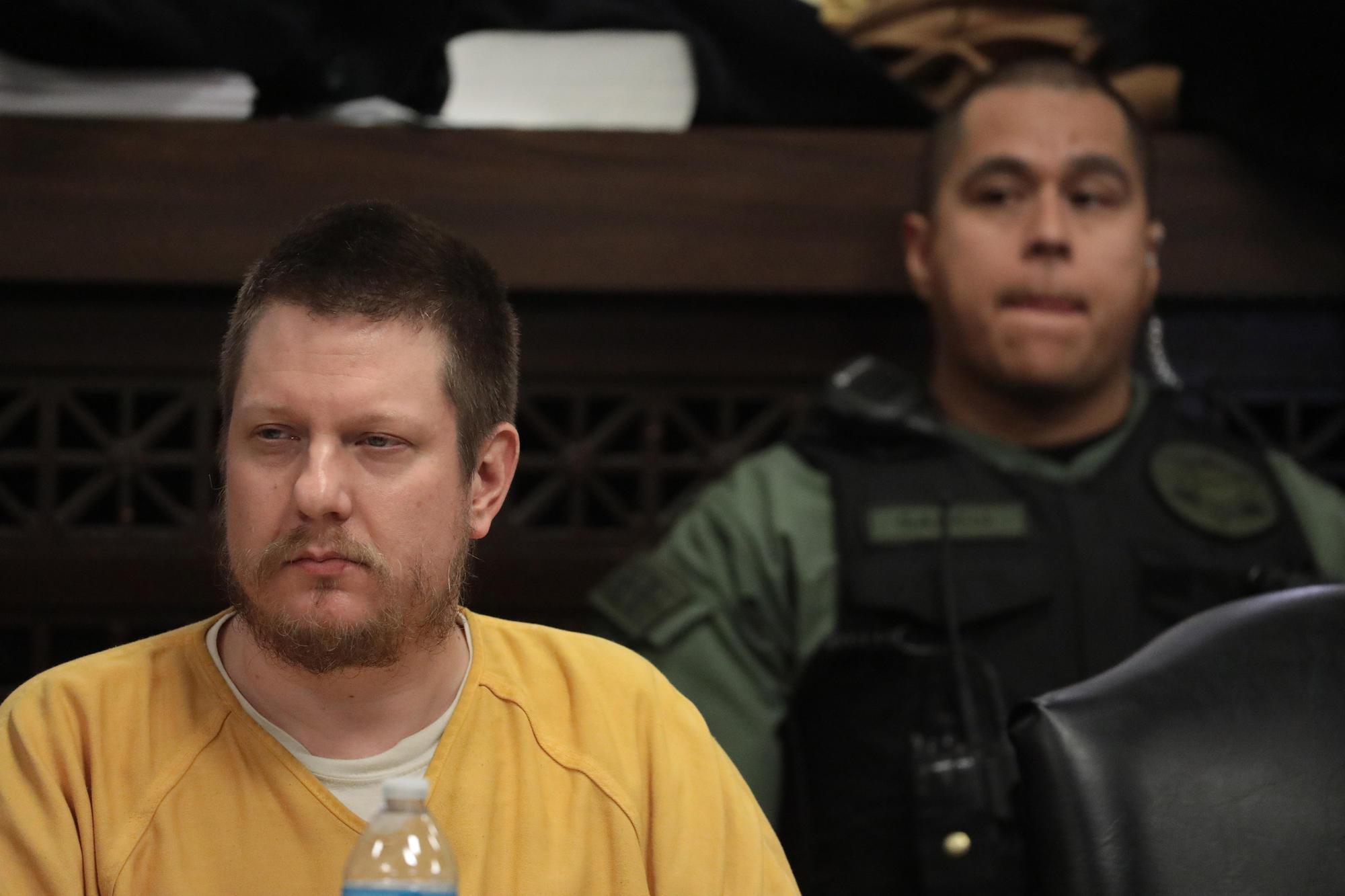 Jason Van Dyke sentenced to 6 3/4 years in prison for killing of Laquan McDonald   San Diego Union Tribune