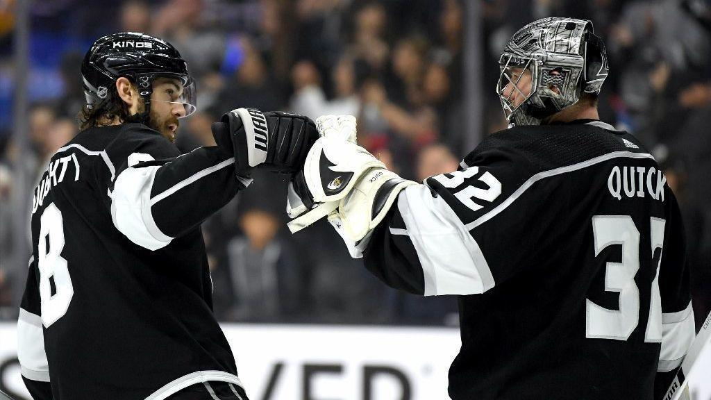 Kings defeat Blues, but they're still looking for consistency