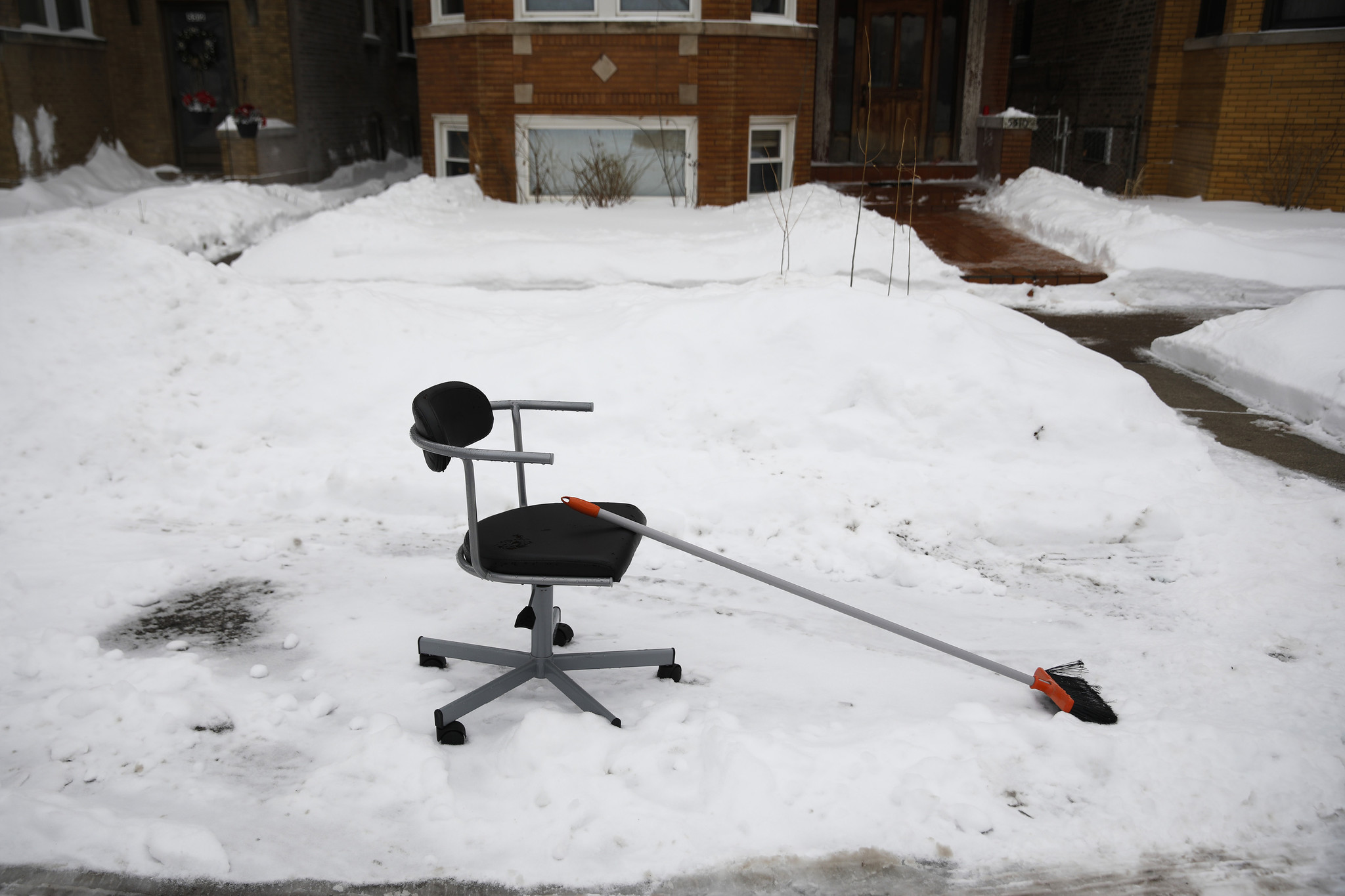 'Dibs' season officially over in Chicago — now go pick up your junk