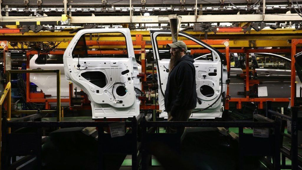Ford's Chicago operations, which once built Model T, will get $1 billion upgrade, add 500 jobs to make latest SUVs