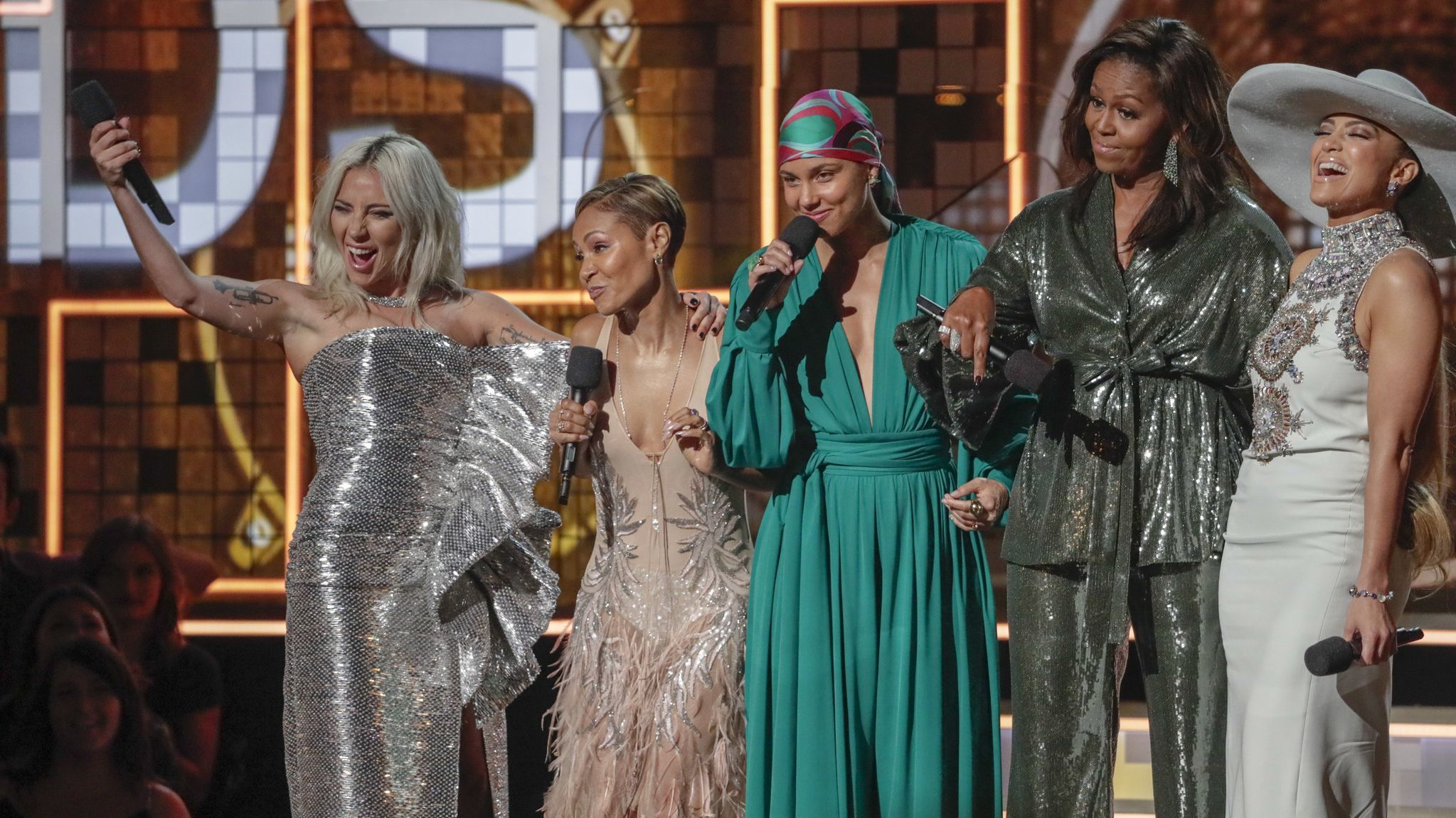 Grammy fashion trends: It's a new brand of sophisticated, flaunting-it femininity for 2019