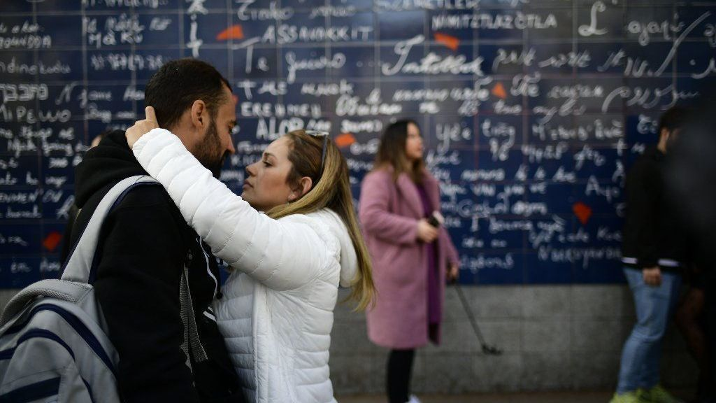 Why staying in love is so hard | Opinion