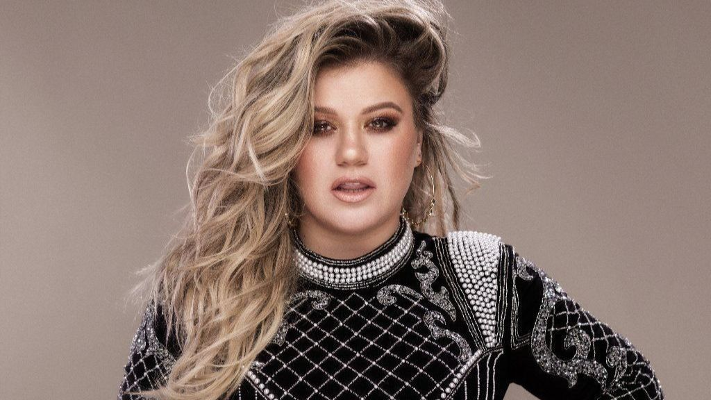 Kelly Clarkson is back with a career-reviving new album and plenty of attitude