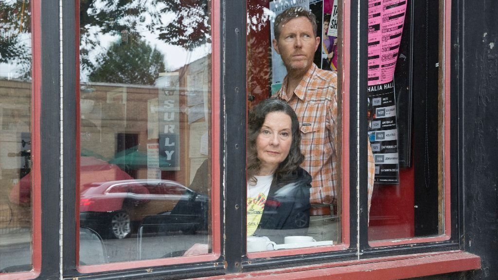 How Chicago's Robbie Fulks built a feisty partnership with Linda Gail Lewis, sister of rock 'n' roll pioneer Jerry Lee Lewis