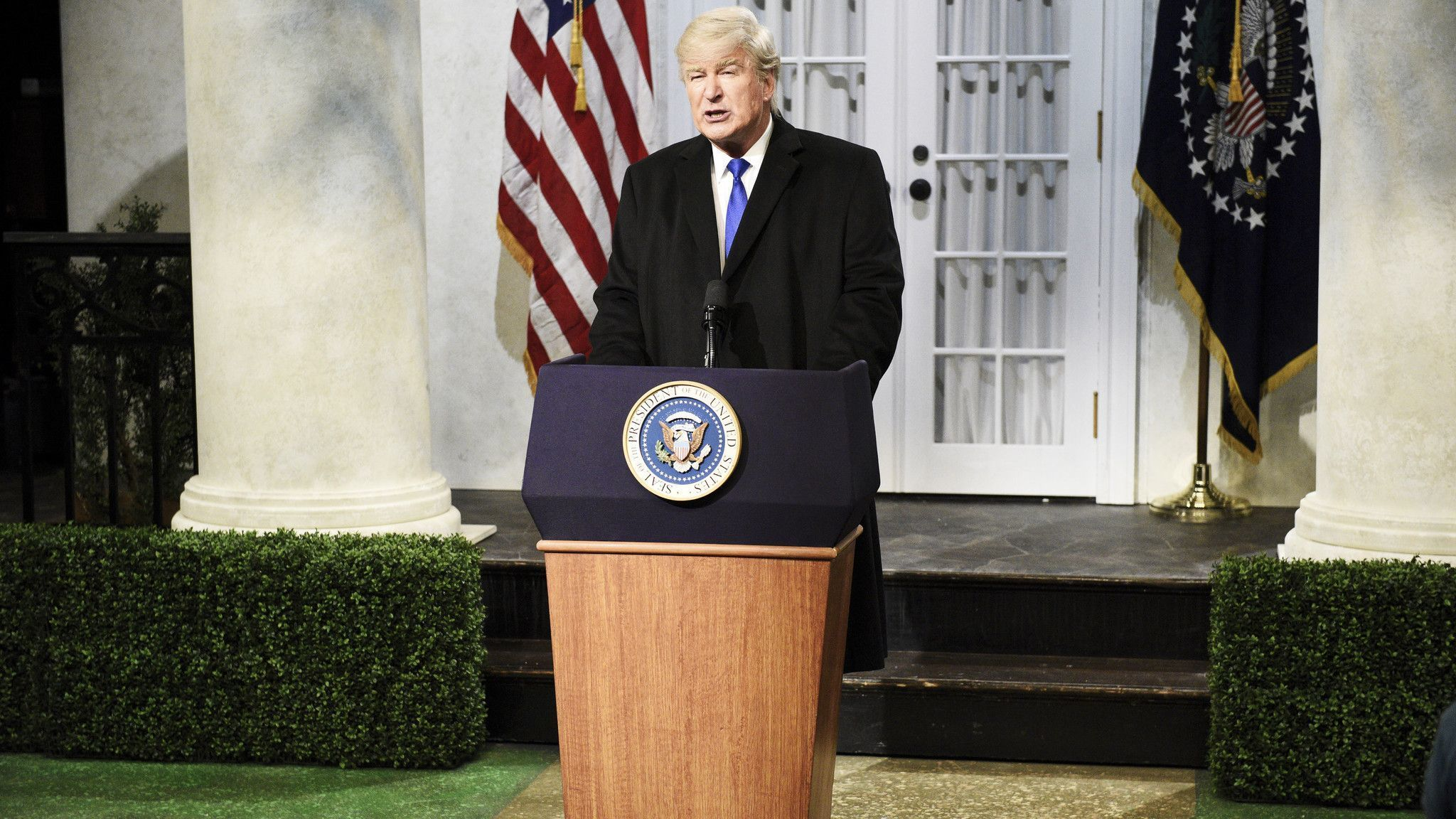 'SNL' asks: Is real Trump or fake Trump funnier?