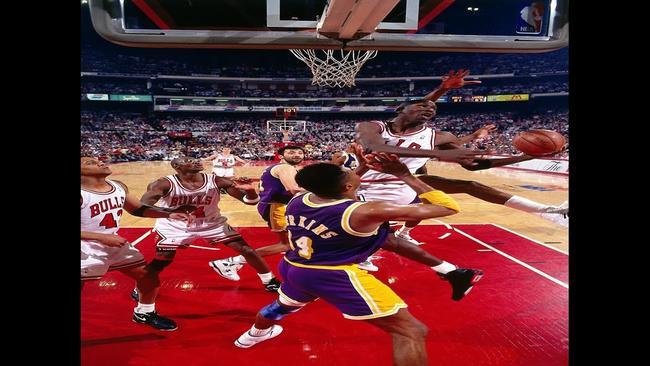 sports shoes d873e 02243 NBA Vault  1991 Michael Jordan Midair Hand Switch