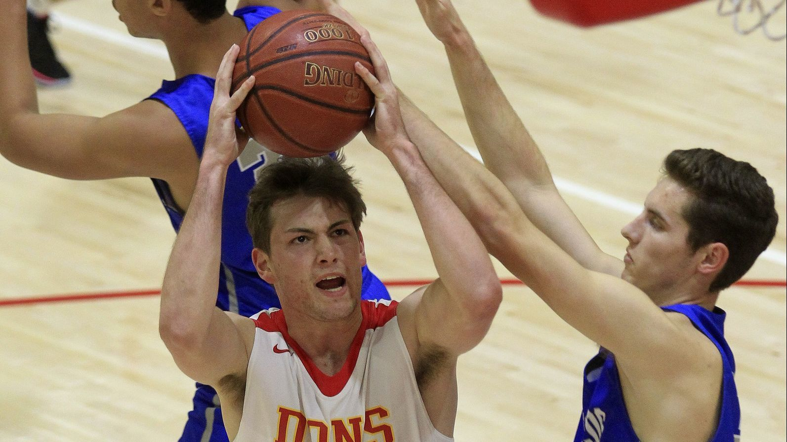 Boys basketball semifinals: Soph touch for Dons