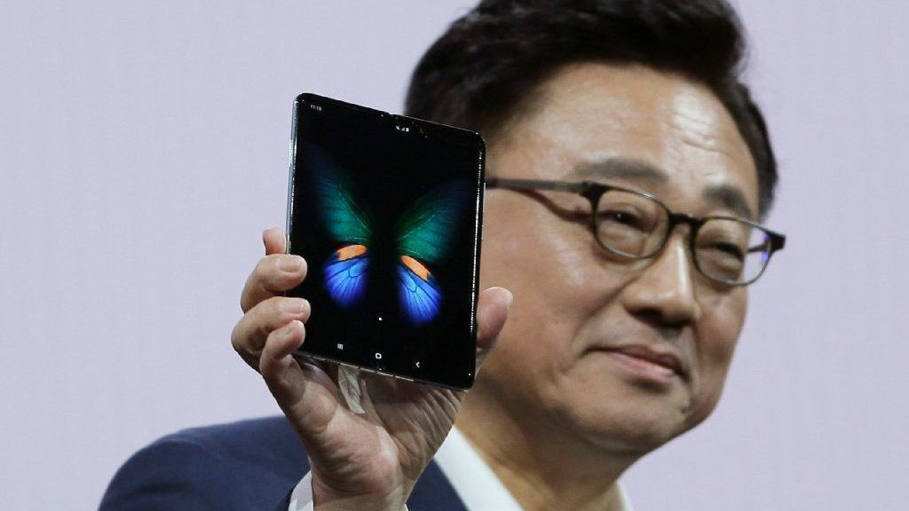 Samsung's new folding phone is different — and almost $2,000