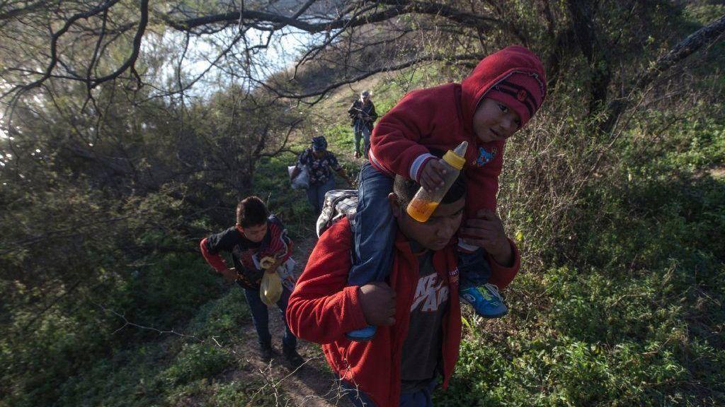 Central American migrants from Piedras Negras arrive in Tijuana
