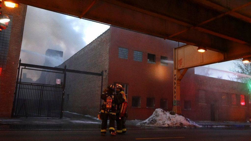 No injuries reported in extra-alarm industrial fire in West Town neighborhood