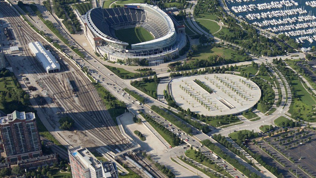 Multibillion-dollar plan would bring high-rises over Metra tracks near Soldier Field