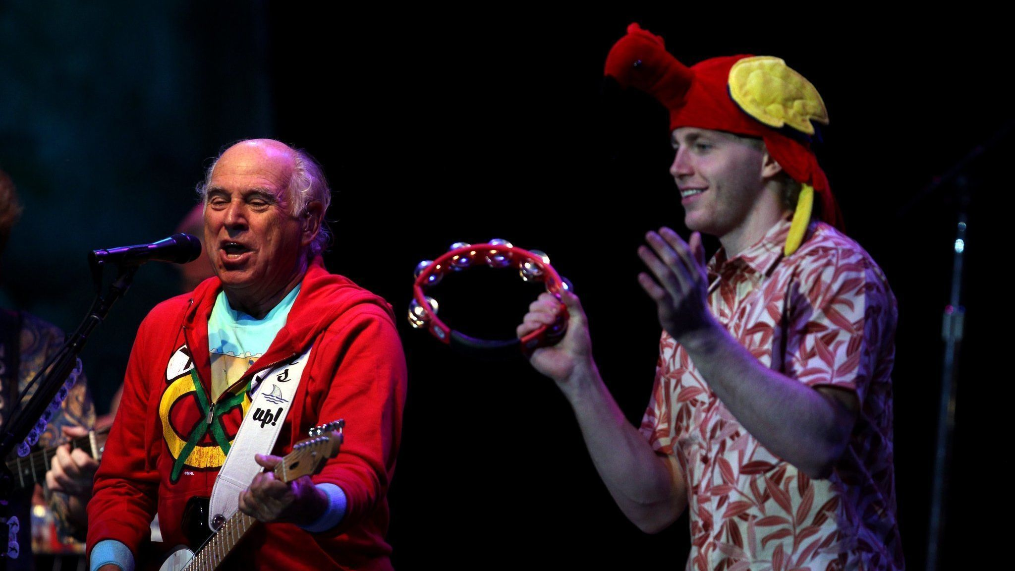 Patrick Kane's friendship with Jimmy Buffett comes full circle with the Blackhawks' 'Margaritaville' game tonight
