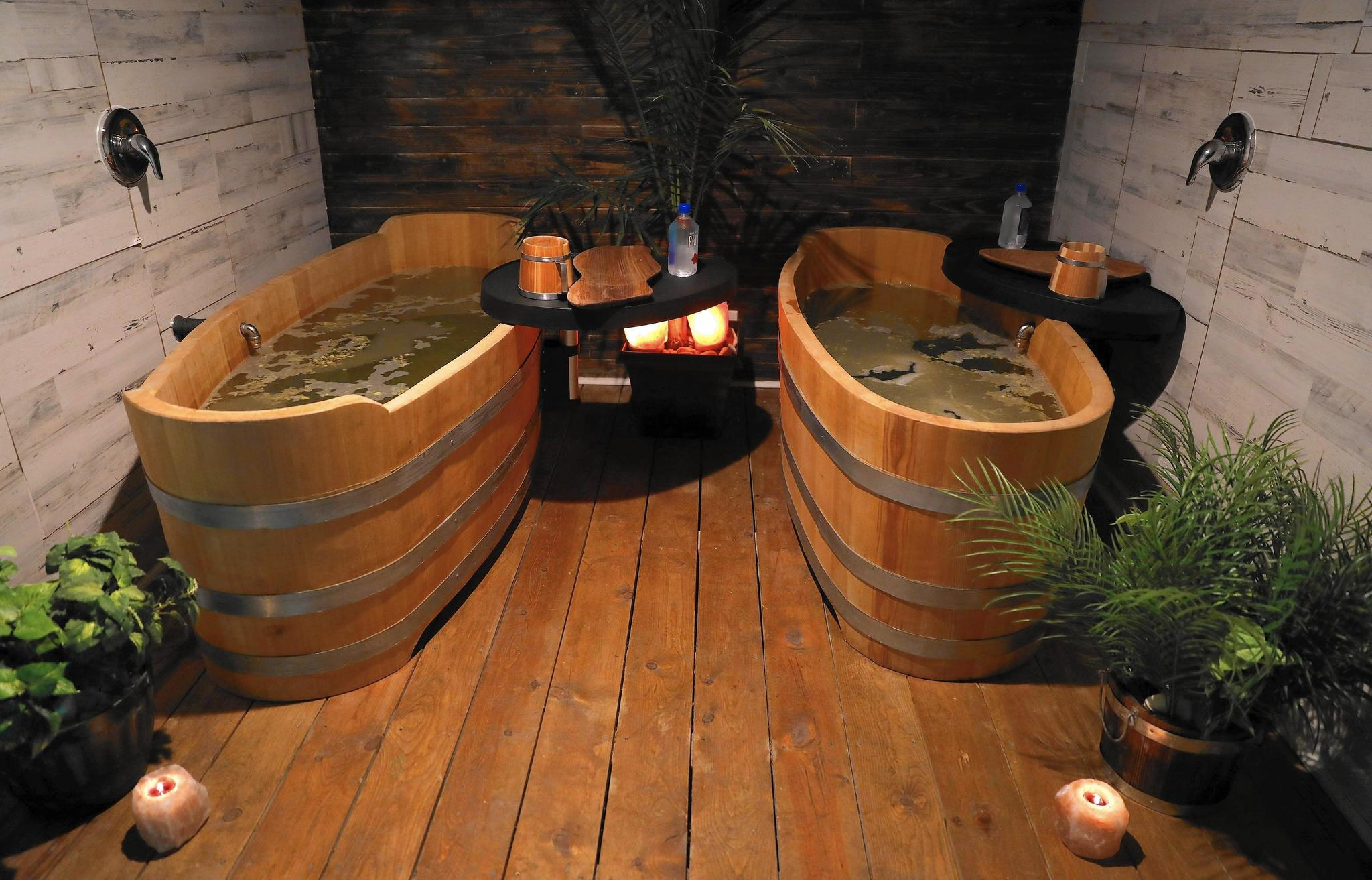Soaking in the suds: An afternoon of brew-filled relaxation at Chicago beer spa