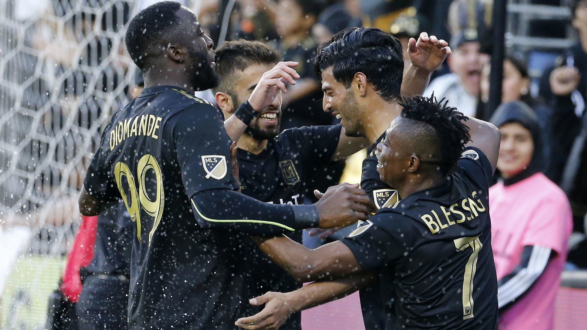 LAFC routs Timbers 4-1 for second win in a row to open MLS season