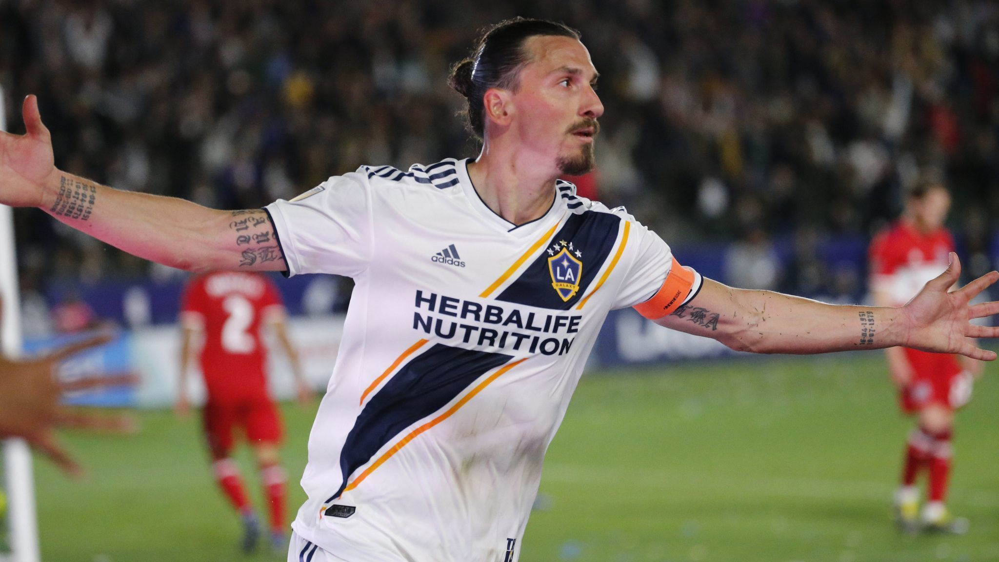 Zlatan Ibrahimovic unlikely to play in Galaxy's game Saturday against Minnesota