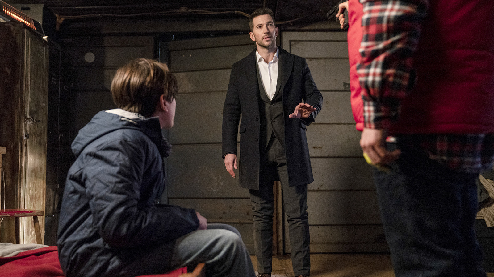 Saturday's TV highlights and weekend talk shows: 'Ransom' on CBS