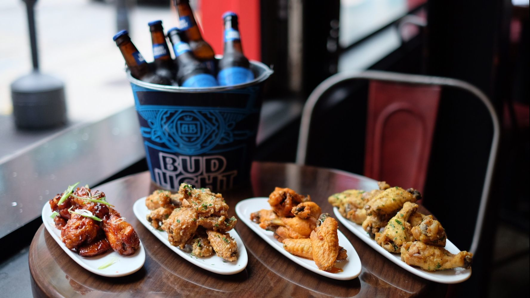 17 March Madness bar specials in Chicago