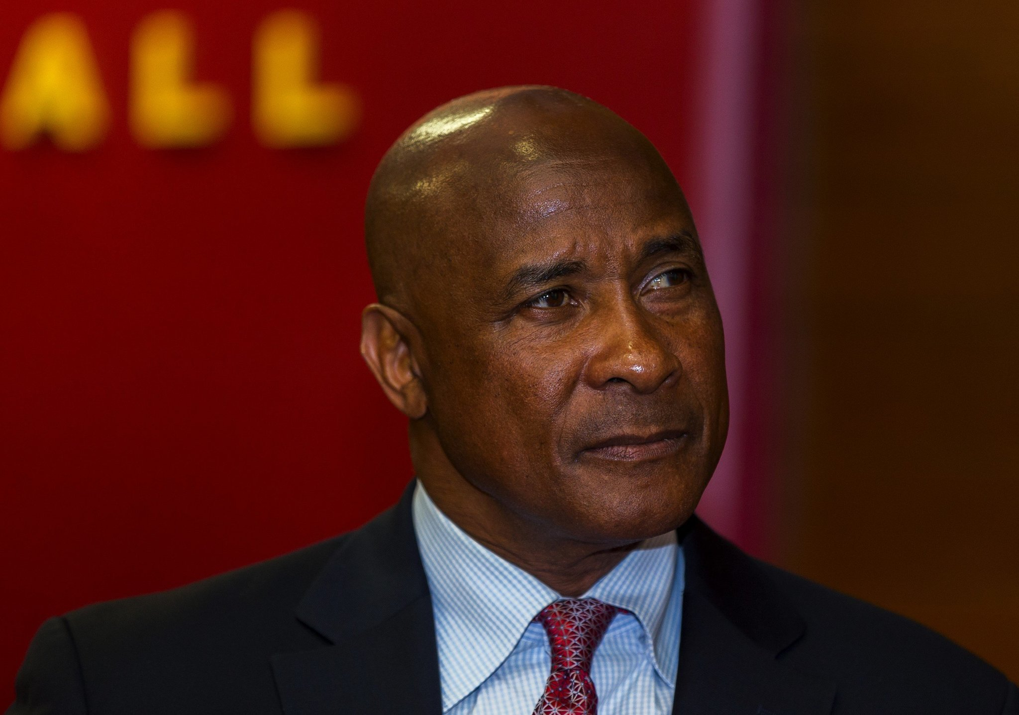 Lynn Swann says he'll stay at USC for long haul? Those are long odds