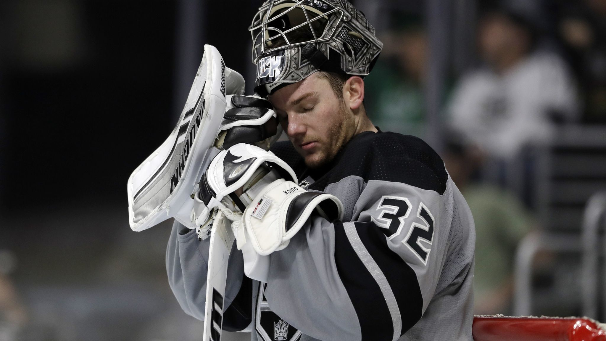 Kings let another game slip from grasp, this time 4-3 to Panthers
