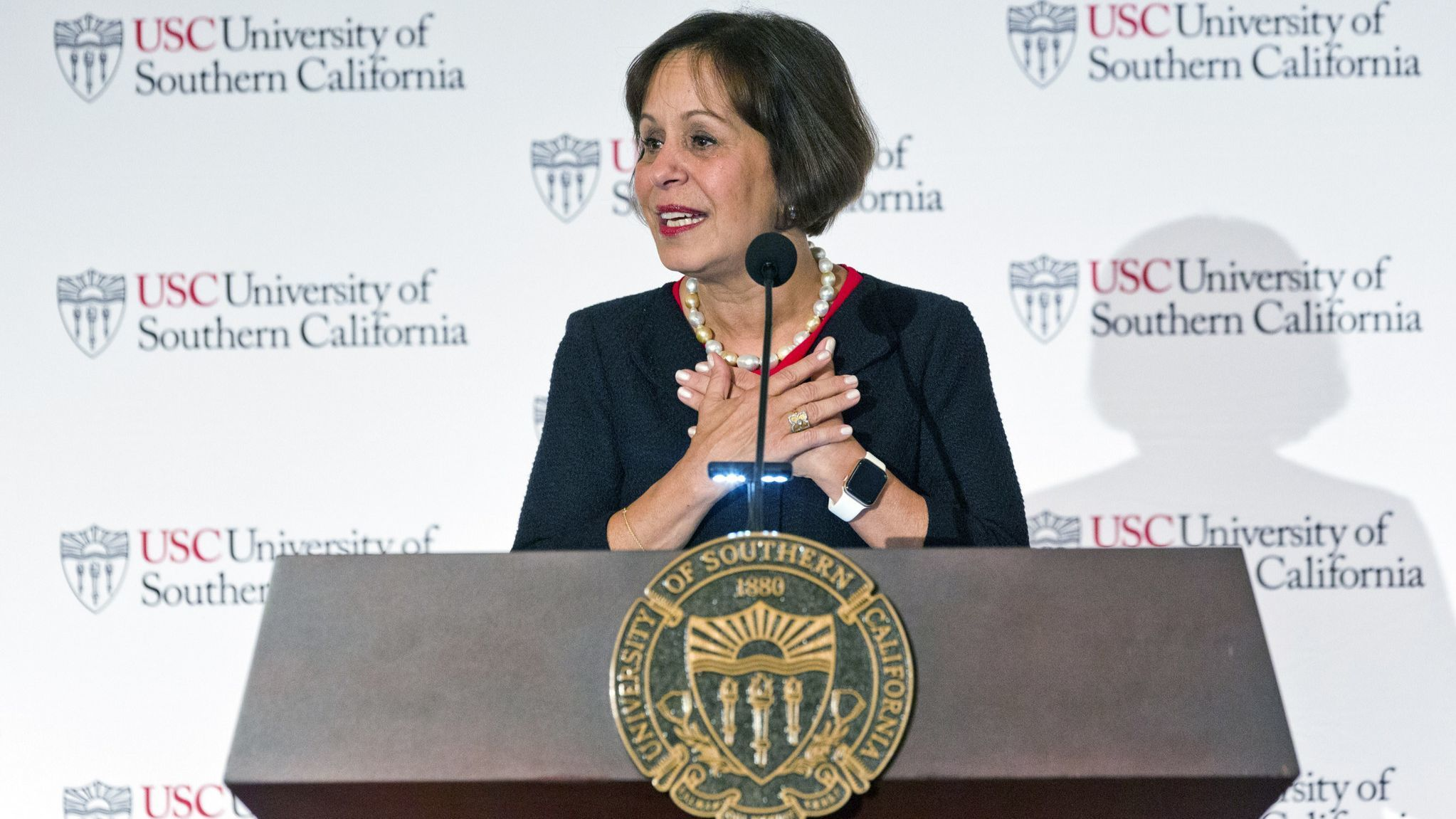 USC's new president Carol Folt can't fix the school's problems by herself