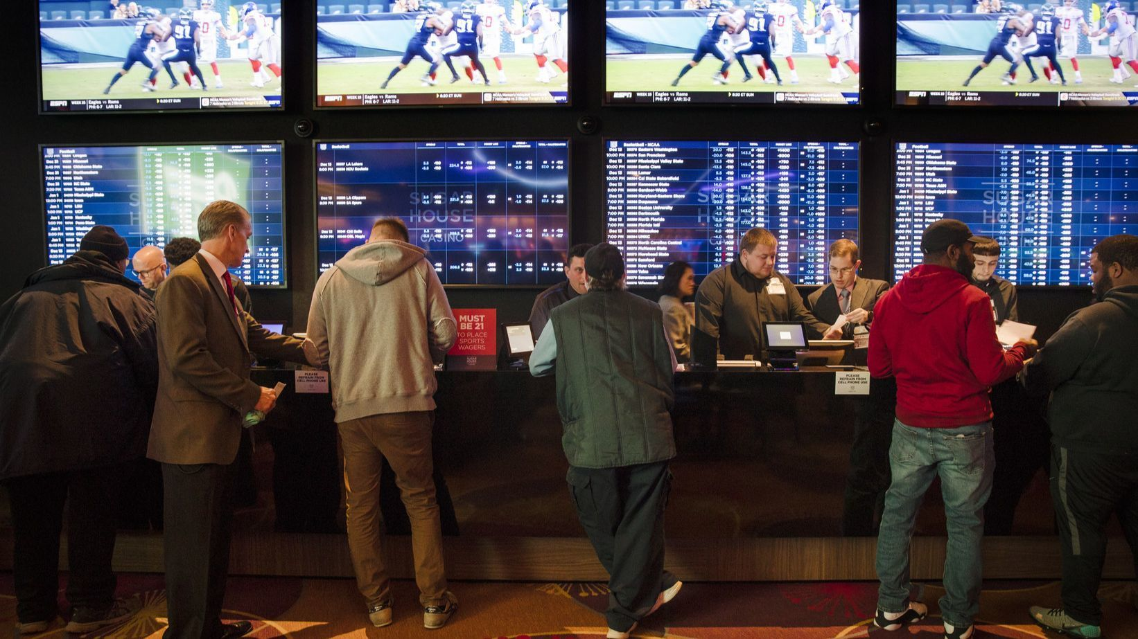 Some Illinois lawmakers want to let you bet on the NCAA Tournament by next year. Where you'd place bets is up for debate.