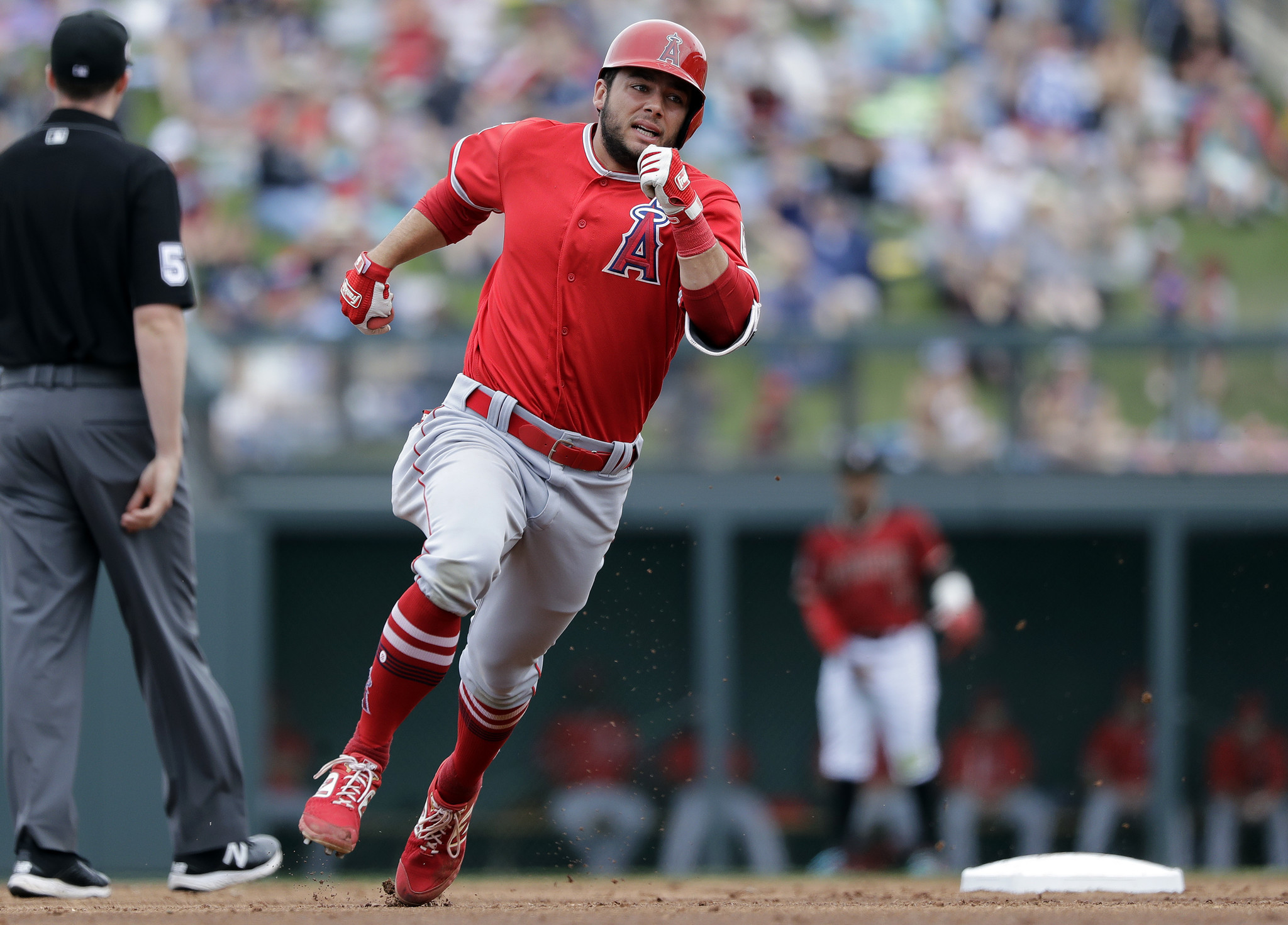 Angels' Mike Trout hits RBI single in 2-1 win over Diamondbacks in Cactus League play