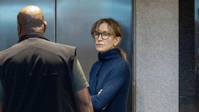 Felicity Huffman, Lori Loughlin face hearing as college scandal moves to Boston