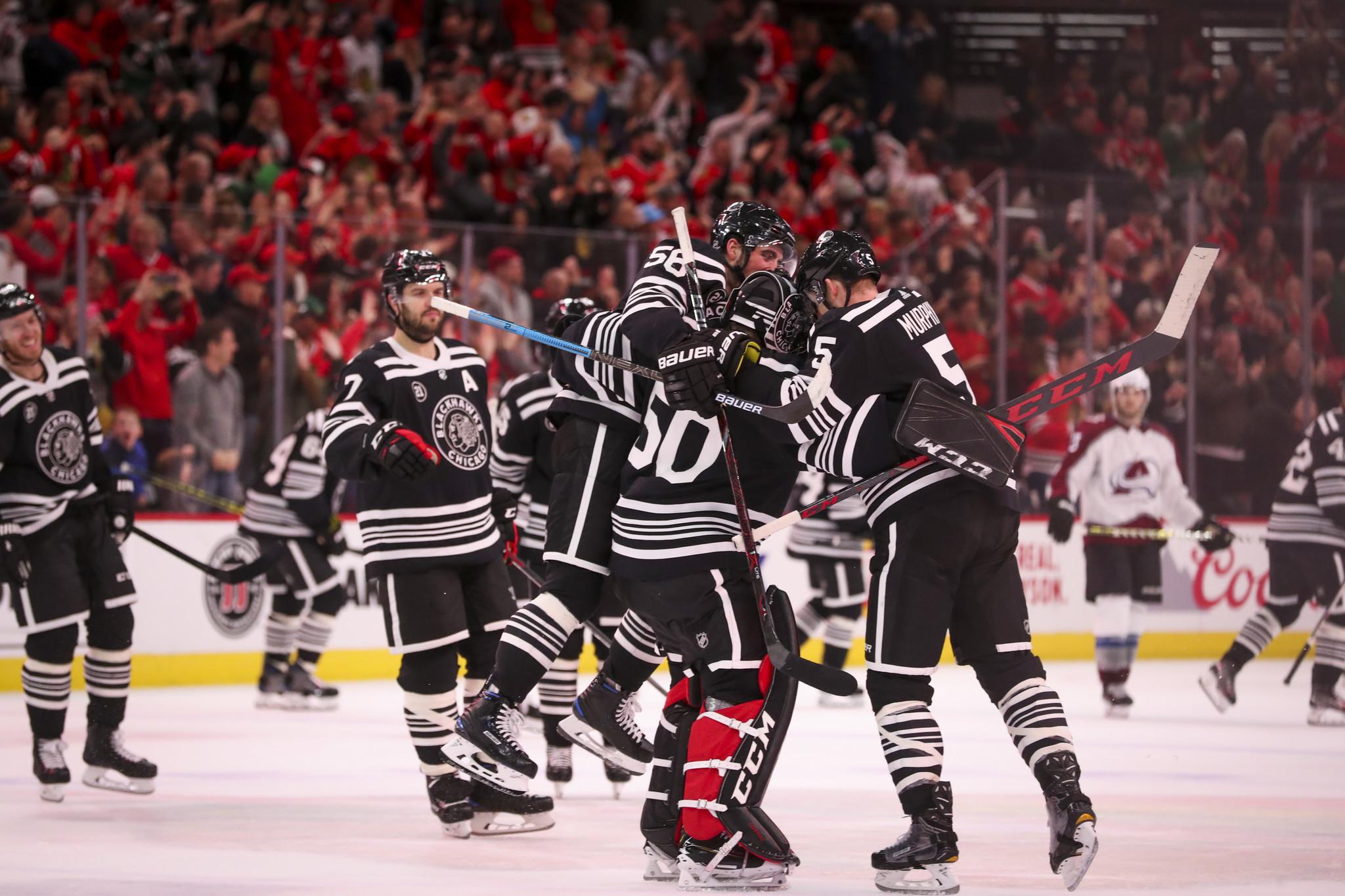 Blackhawks 2, Avalanche 1 (OT)